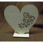 Fa álló szív áttört mintával kb. 200*200*6 mm