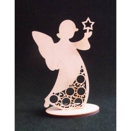 Fa figura - álló angyal vágott díszítéssel kb. 180*115*6 mm
